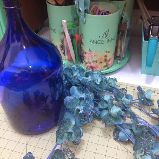 Vaso com garrafa de vidro - materiais