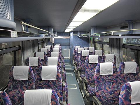 北海道中央バス「高速るもい号」直行便 1496 車内
