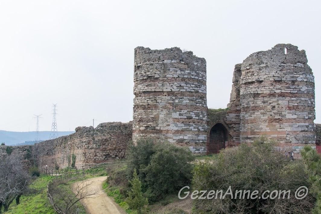 Anadolu Kavağı Yoros Kalesi
