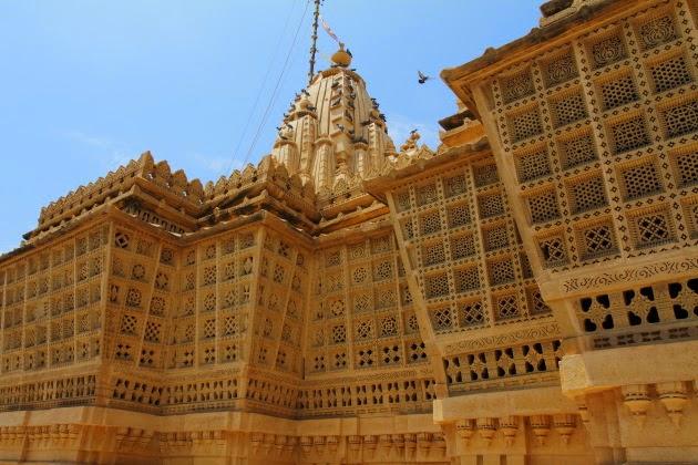 Beautiful Jharokas on the walls of Ludrava Jain Temple, near Jaisalmer