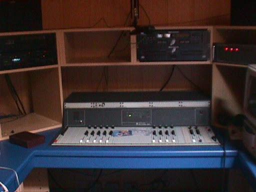 Studio Radio Contact Maasmechelen 5.JPG