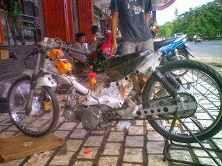 Modifikasi Motor Supra Fit Standar