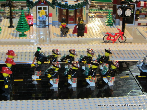Shillito's Elves Newport on the Levee - LEGO Train display