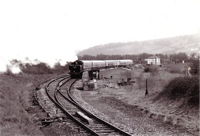 1638 leaving Totnes 1989.  Photo:  Alan Taylor