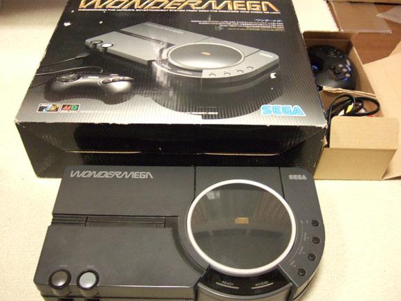 Wondermega, da JVC-Victor, mix de Mega Drive com Sega CD