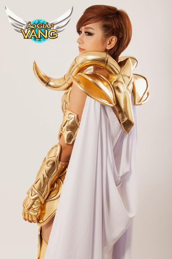 Bộ cosplay cực chất của Áo Giáp Vàng lộ diện 8