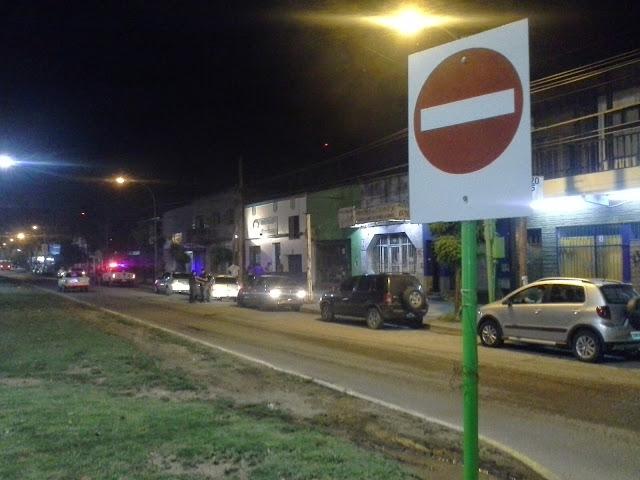 Agentes de Tránsito multaron decenas de autos por no advertir una señalización céntrica