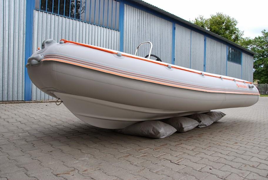 хранение лодки в чехле
