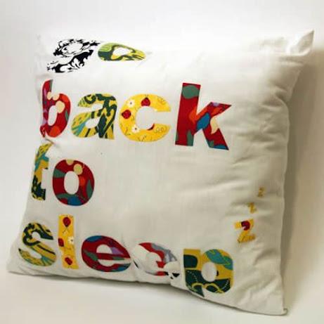 singing pillow 1