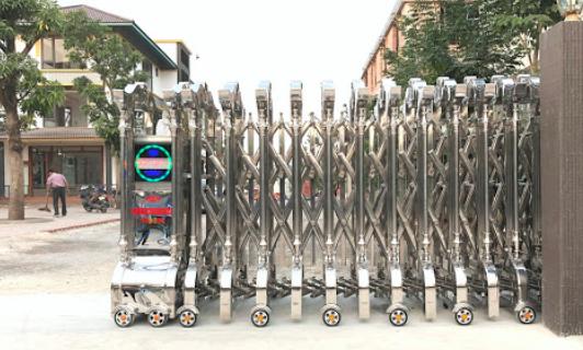 Cần kiểm tra bánh xe của cổng xếp