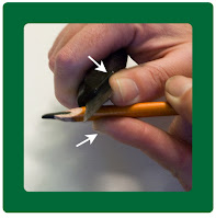 Keep your fingers and hands behind the sharp edge of the blade when sharpening a charcoal pencil.