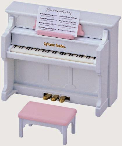 Bộ đàn piano Sylvanian Families 2950 có màu trắng thanh lịch