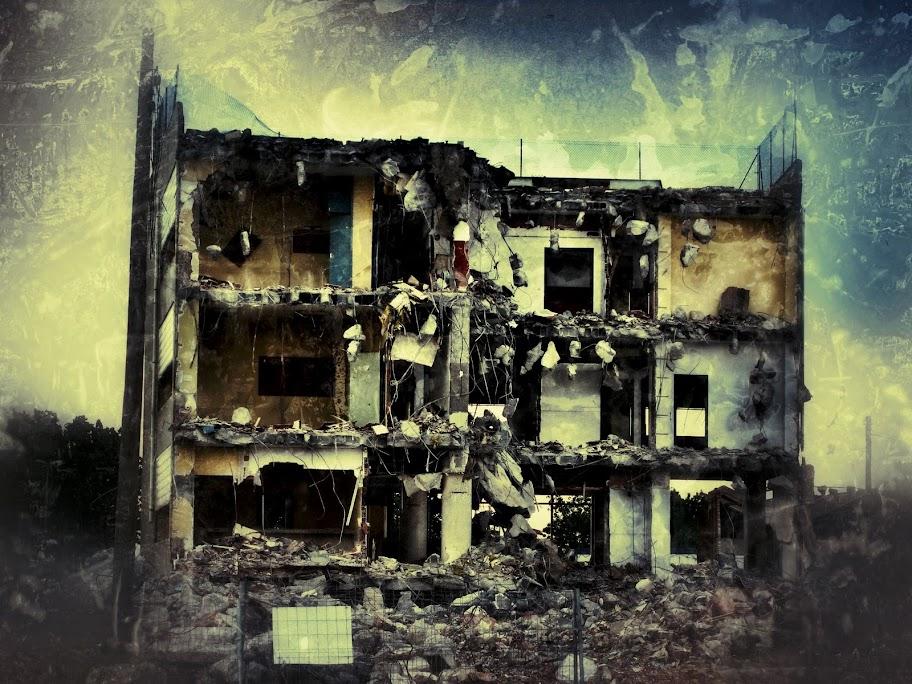 Destrucció al gorg (editada)