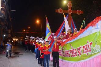 Thánh Giá Đại hội Giới trẻ Giáo tỉnh Hà Nội: Kết thúc hành trình vòng quanh Giáo phận Phát Diệm.