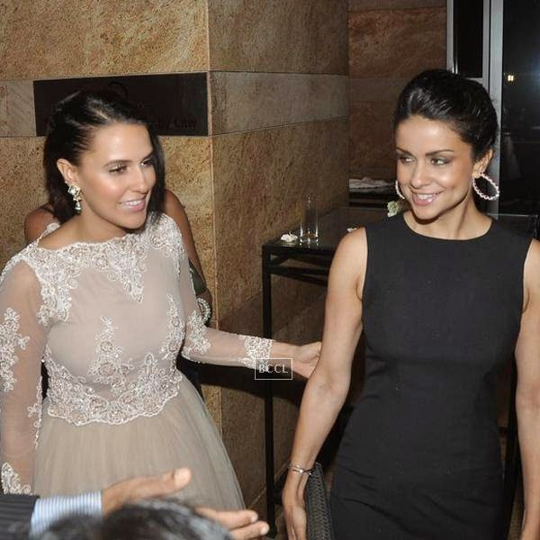 Neha Dhupia and Gul Panag during the 10th Annual Gemfields and Nazraana Retail Jeweller India Awards, 2014, in Mumbai, on July 19, 2014. (Pic: Viral Bhayani)