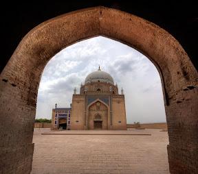 Shrine of Hazrat Baha-ud-din Zakria