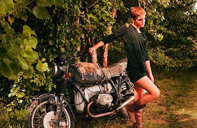 Emma Watson hot sexy legs