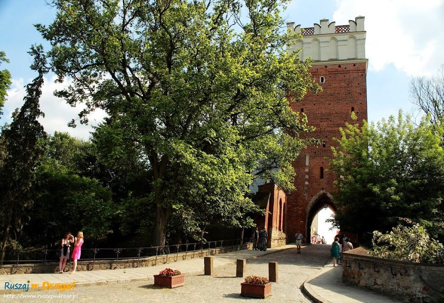 Sandomierz nad Wisłą - brama do miasta