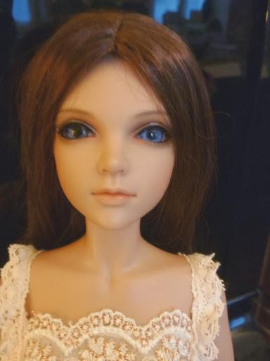Alice (Leona JID Iplehouse) en cure de remise en forme (p 2) Arrive%25CC%2581e%2520Leona08