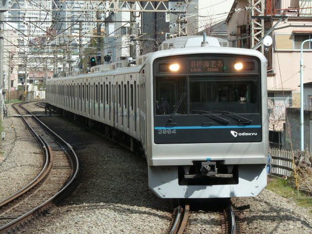 小田急電鉄 各停 海老名行き 3000形(東京電力計画停電に伴う運行)