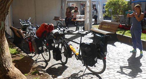 Panther Dominance Trekking und Trekking- und Reiserad T 400 vsf fahrrad manufaktur als Fotoobjekt in San Cristóbal de La Laguna