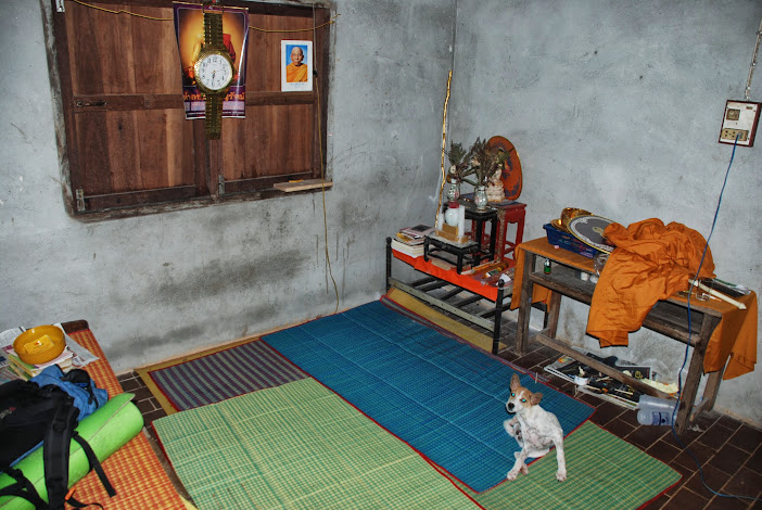 Комната монаха в монастыре Патталунга, Таиланд