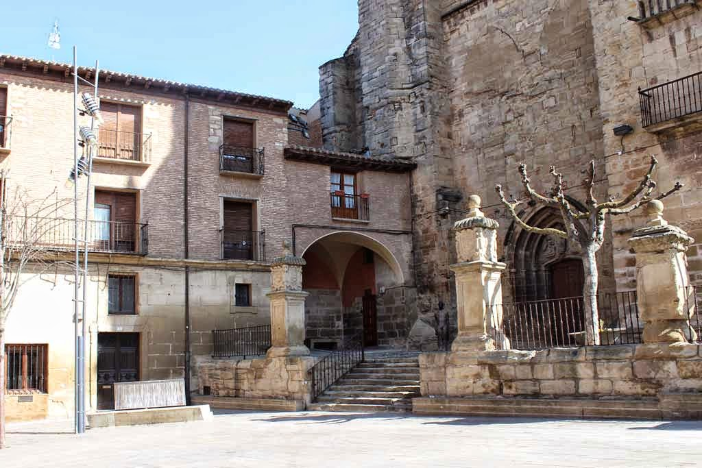 Albergue de peregrinos la Parroquia de Santa María, Viana, Navarra, Camino de Santiago