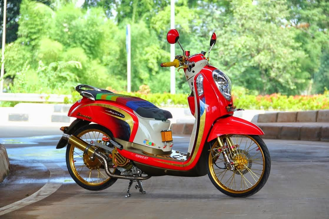 Scoopy Fi Modifikasi Velg 17
