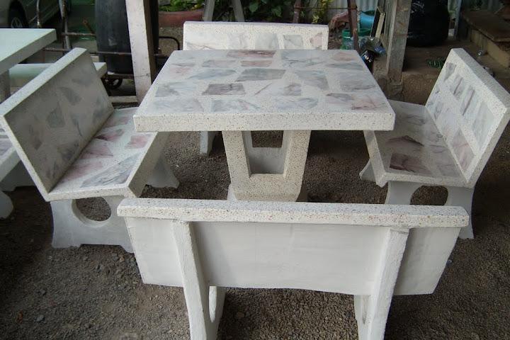 โต๊ะม้าหินอ่อนพิง