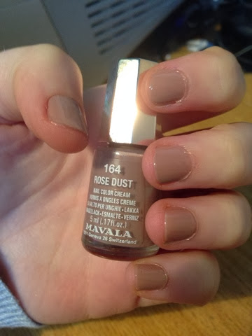 Mavala Nail Polish in 164 Rose Dust