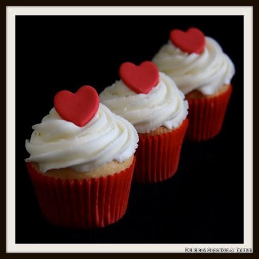 cupcakes met toef en hart.jpg