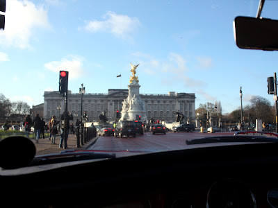 Buckingham Palace from a Mini Cooper