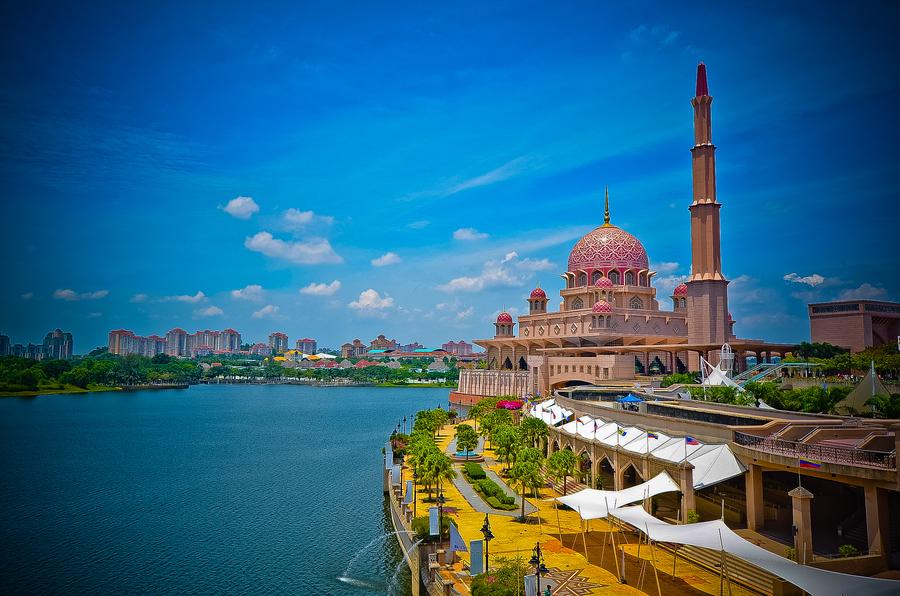 Туры в Малайзию из Днепропетровска