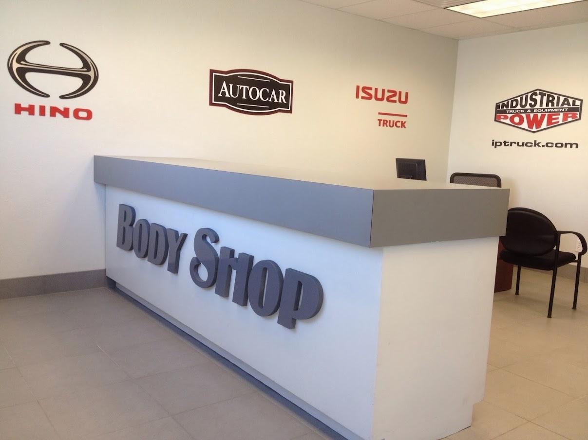Motorhome & RV Body Shop