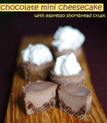 mini chocolate cheesecake - withinthekitchen.blogspot.com