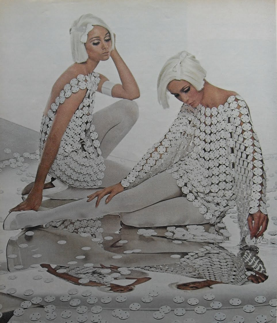 Http Www Vintag Es 2011 01 Mod Girls In White 1960s Style Html