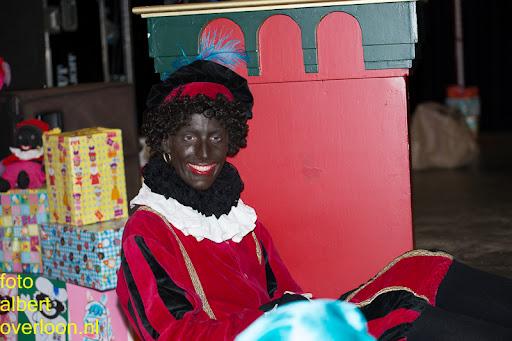 Intocht Sinterklaas overloon 16-11-2014 (85).jpg
