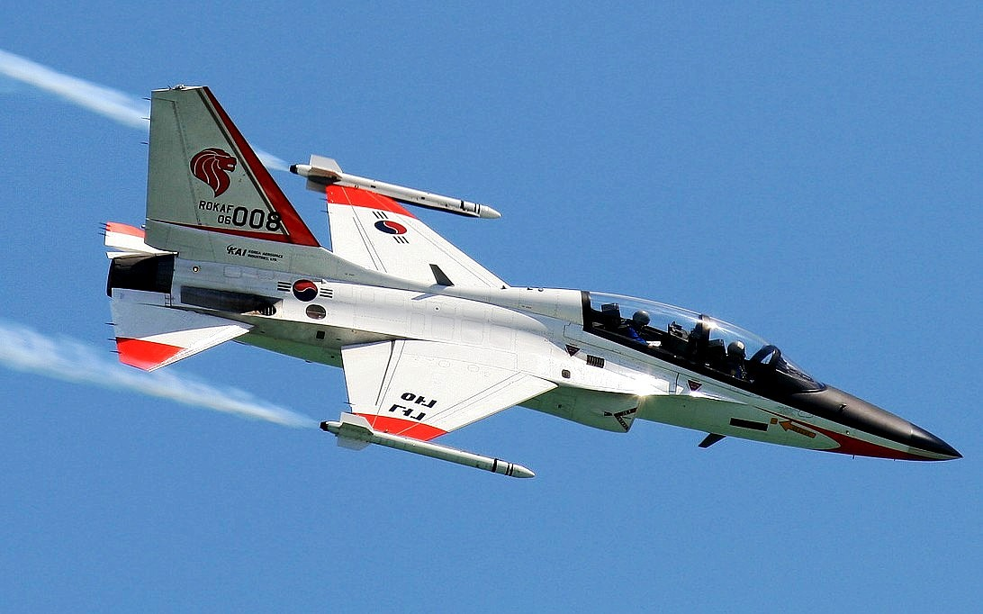T-50 Golden Eagle Jet Trainer Wallpaper 1