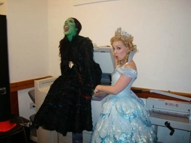 ... Vicki Noon and Natalie Daradich but itu0027s one of my FAVORITE backstage pictures ever taken at Wicked (that Iu0027ve seen). Looks like Glinda and Elphaba get ...  sc 1 st  Flying High a Wicked Fan Site! & Flying High a Wicked Fan Site!: Fun Photo Friday! (Wicked)