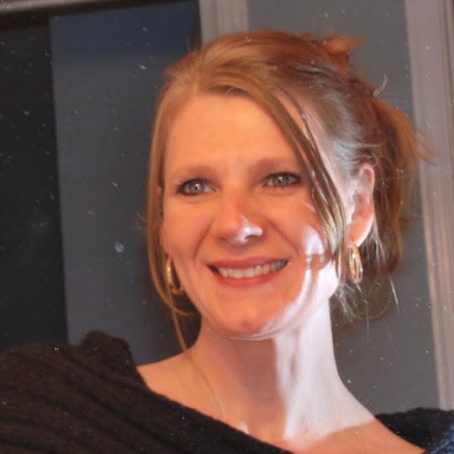 Lisa Travers