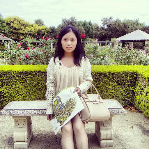 Yi Qian Photo 32