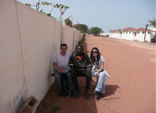 Xavi y Baba en la sombra. Yo en el sol. ¿?