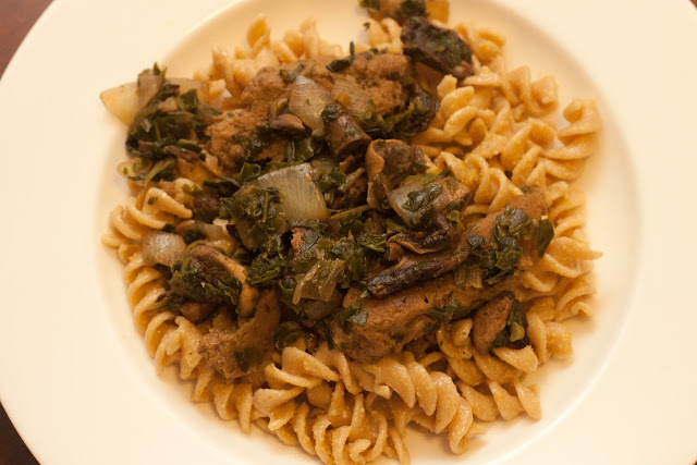 Seitan with Mushrooms and Spinach - 1