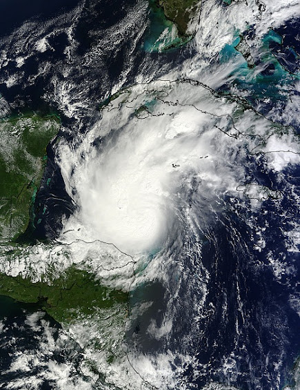 Hurrikan Rina