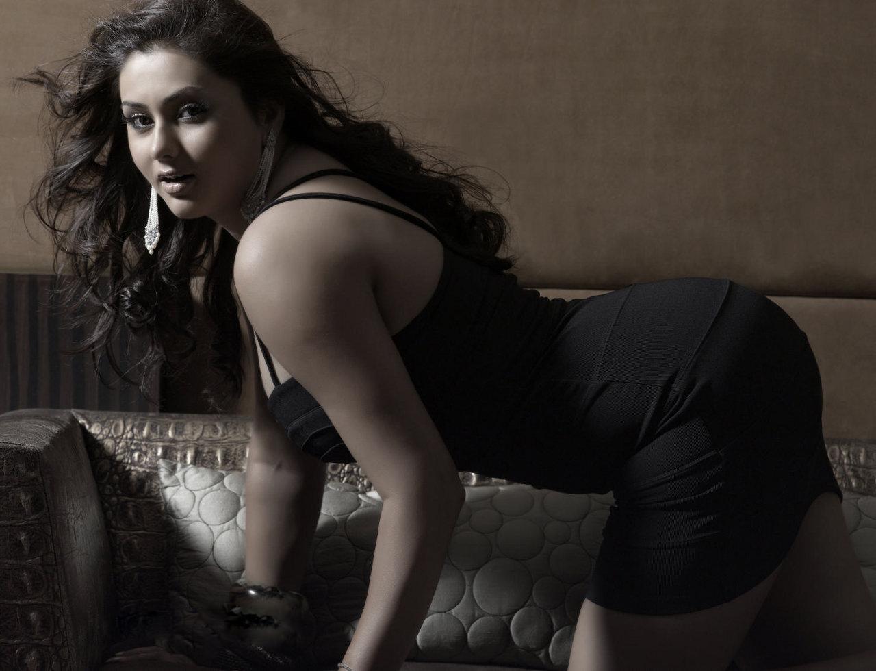 Namitha new photos nude — pic 9