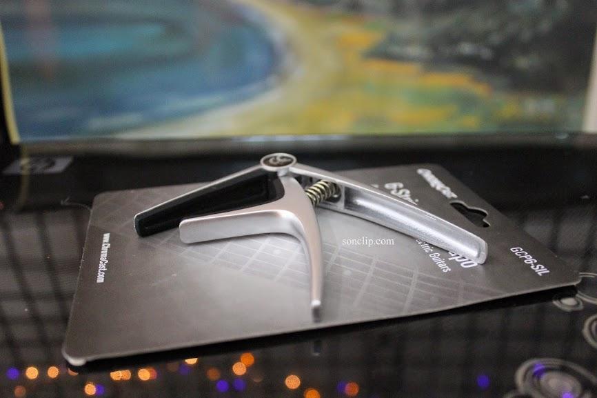 Capo Guitar - ChromaCast GCP6 Silver