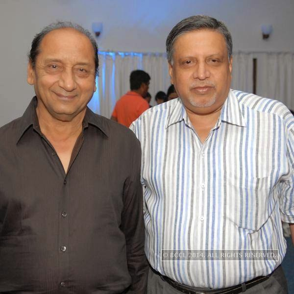 Mohit Shah and Abdul Husain during the alumni meet, held at Chitnavis Centre, in Nagpur.<br />