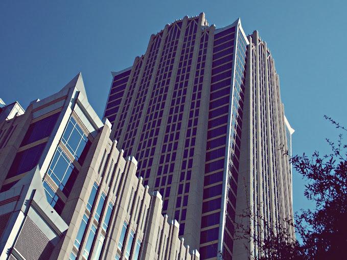 [Image: Hearst+Tower.JPG]