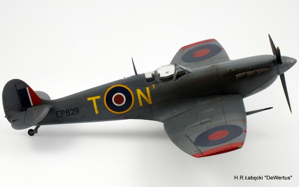 Malta 1940-43, Spitfire Mk.Vb, 249 Sqn RAF, Tamiya 1/48 DSCF4169