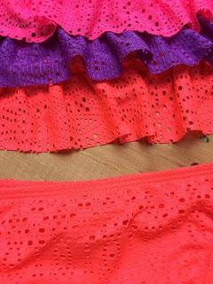 Áo bơi bé gái các hiệu Kitty, Opi..., hàng xuất xịn made in cambodia, mẫu 2 mảnh tím cam.